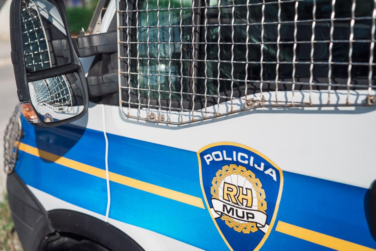 DUGE CIJEVI U DALMACIJI Policija uhićuje pripadnike narkomafije