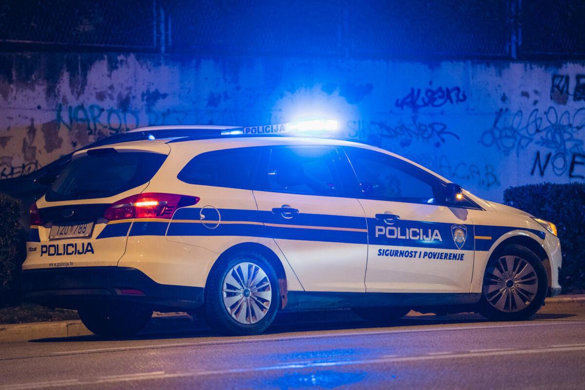 STALI MU NA KRAJ Uhvaćen mladić koji je 'operirao' trgovine u Splitu i Sinju