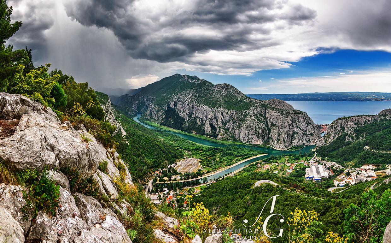 Cijeli kanjon Cetine je jedna velika čarolija, no na ovaj prizor nitko ne može ostati ravnodušan