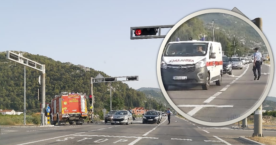 NESREĆA NA JADRANSKOJ MAGISTRALI Sudar dvaju auta. Na terenu vatrogasci i Hitna